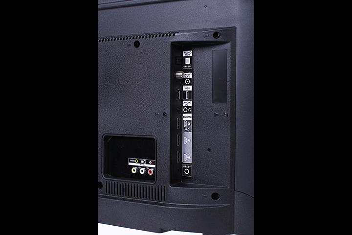 TCL Roku Smart TV 32-inch HD Class 3-Series - Updated Review 2021